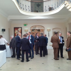 Networking over drinks before lunch